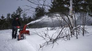 Снегоуборщик HUSQVARNA ST 230 (Гарантия - 5 лет)  (С оптового  склада дешевле  тел.291-30-04)_5